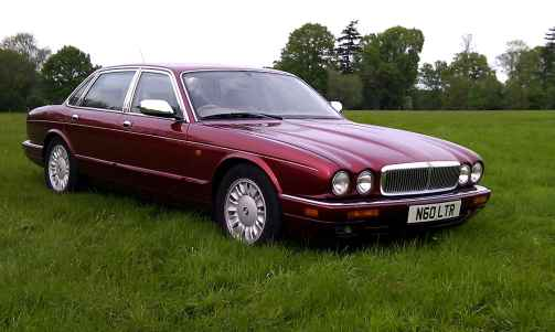 jaguar-x300-parts-daimler-v12-web_