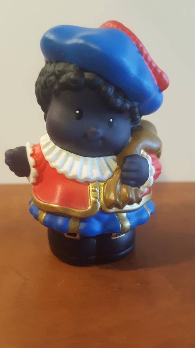 Zwarte Piet krijgt mes in rug