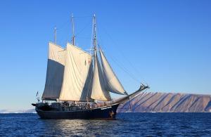 sailboat-459794_960_720