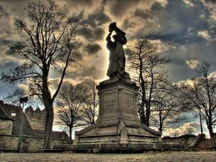 statue-77103__480